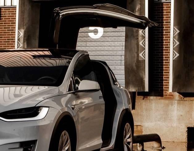 Door open model x