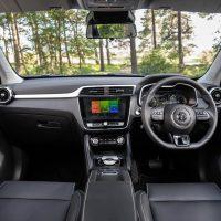 MGZS EV Dash056